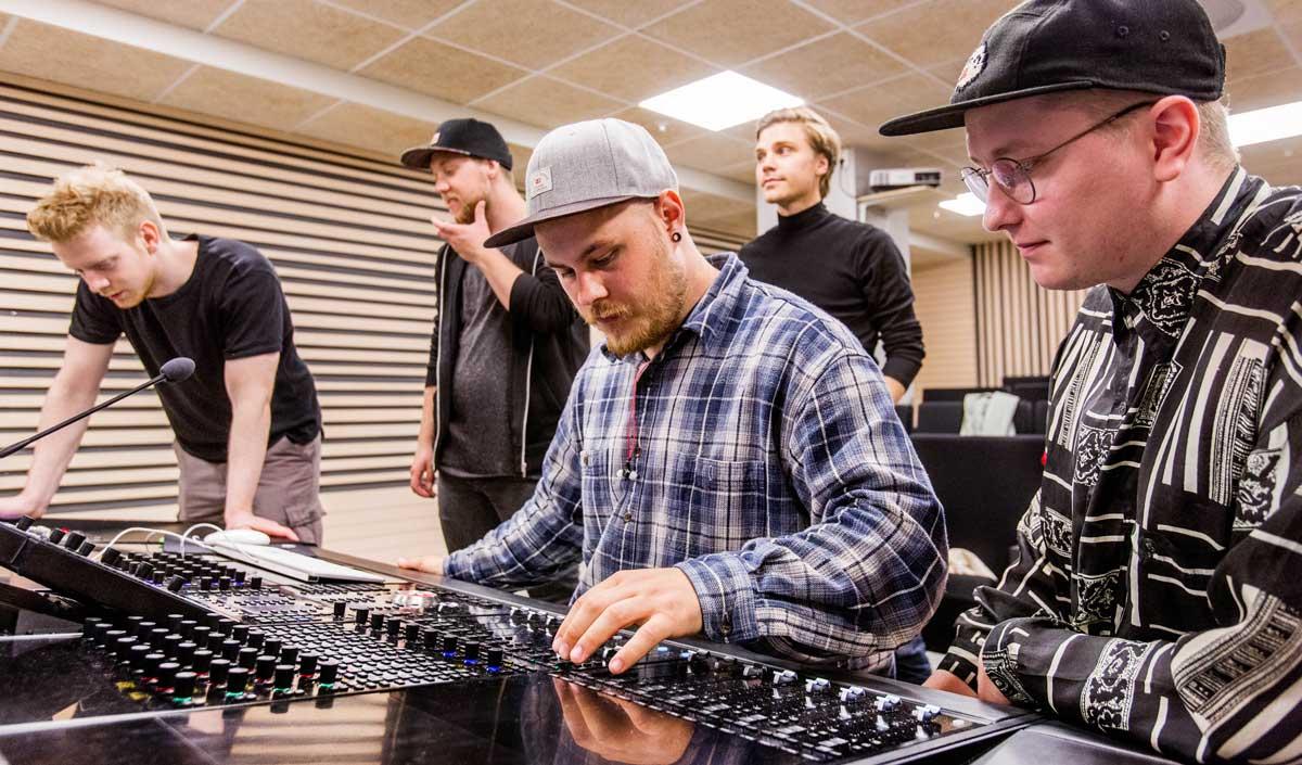 Lyd- og musikkproduksjon, Noroff Oslo