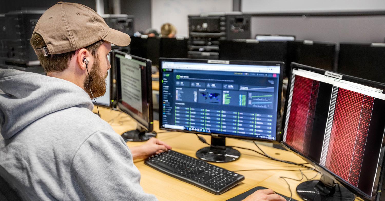 cyber security, johan van niekerk