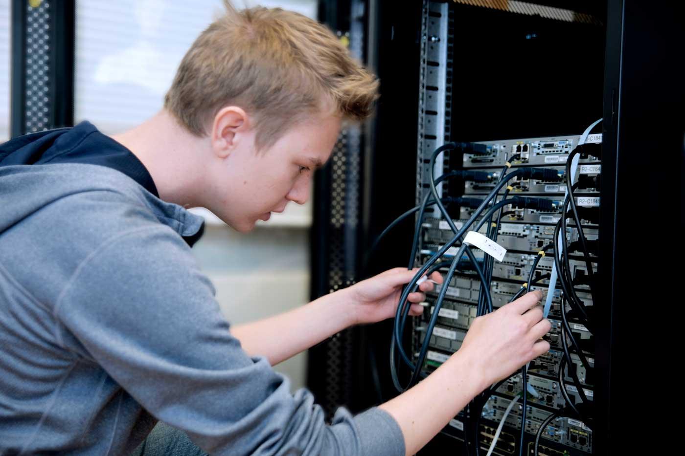 Nettverksadministrasjon, systemadministrasjon utdanning